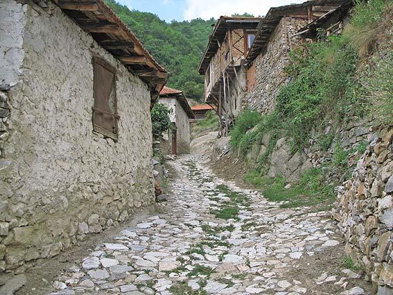 pomak resimlerinden örnekler Bulgarien_delchevo_01