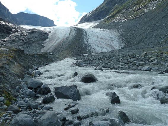 hur högt är norges högsta berg